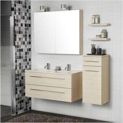 Dubbele wastafel met onderkast geeft comfort in de badkamer ...